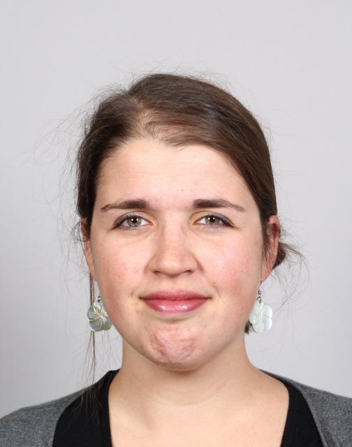 Pasfoto Mieke