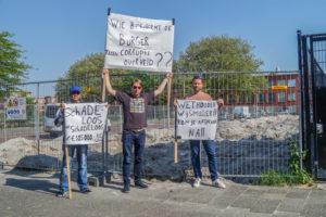 Protest tegen zelfbouw op het Viljoenplantsoen.