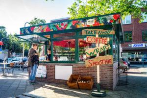 Arari aan de Loosduinsekade: een van de nieuwe koffietentjes in Den Haag